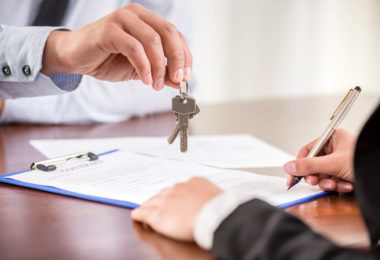 Why You Need A Real Estate Lawyer When Buying A Home